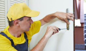 how to find a trusted locksmith